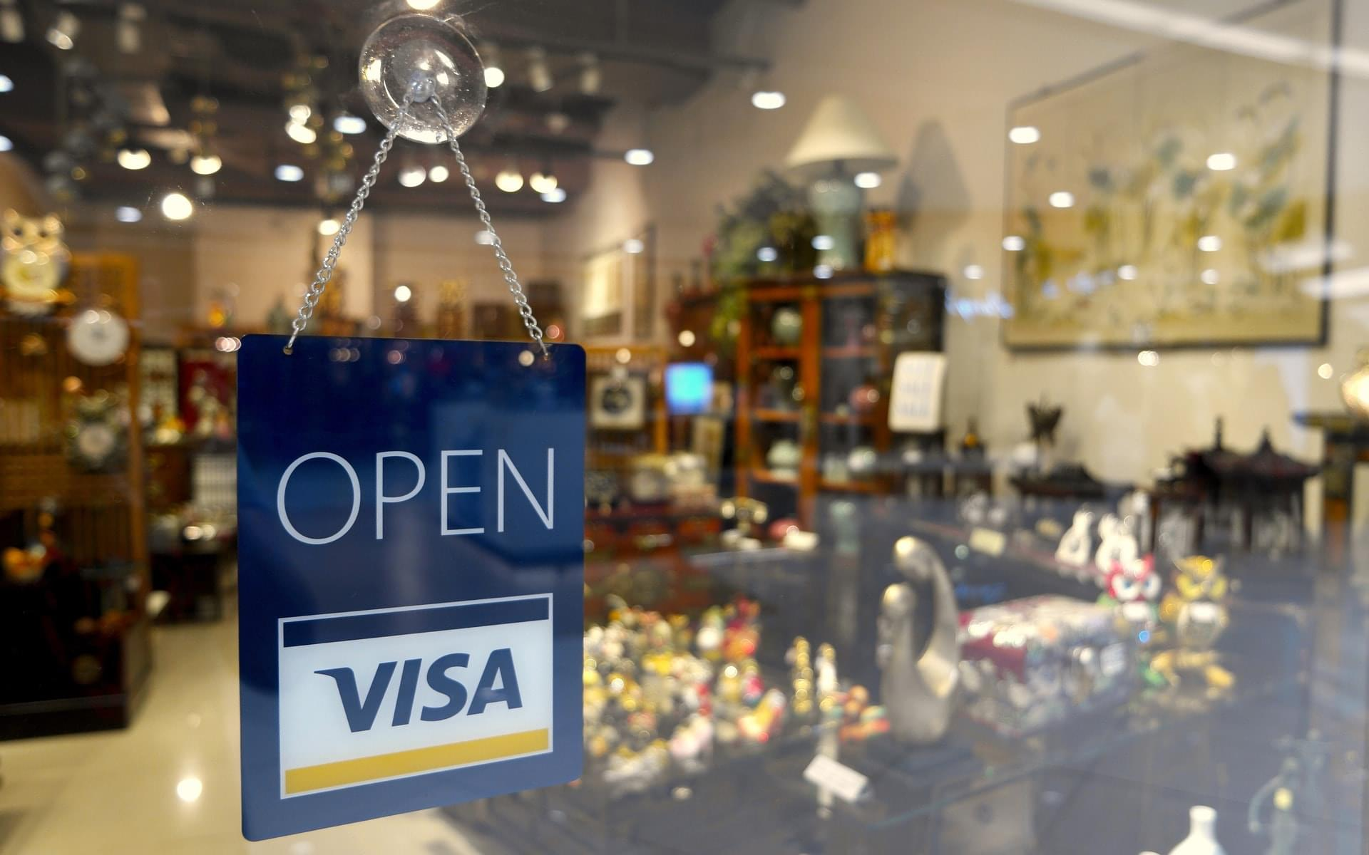 Kreditkarte mit Reiserücktrittsversicherung - Wir testen die Angebote von Barclaycard, Visa, MasterCard und Co.